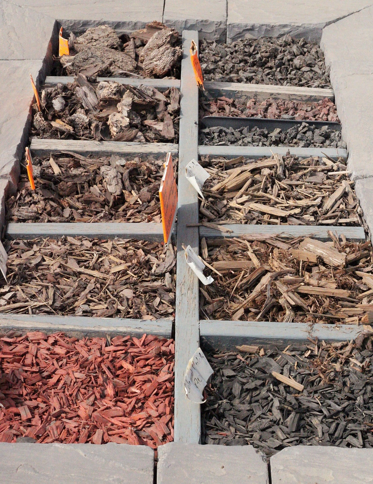 Decorative Rocks Vs Mulch Landscaping Pros And Cons
