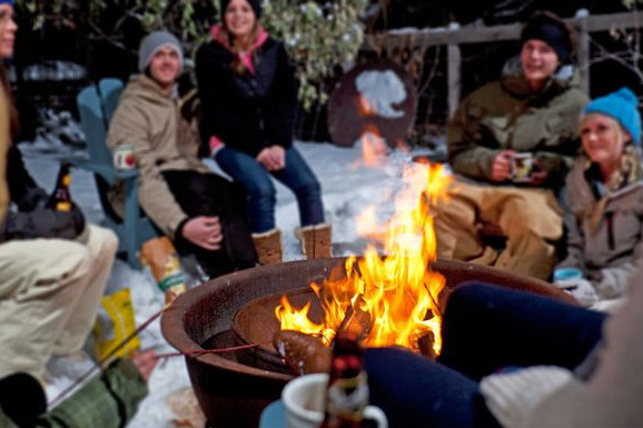 How To Enjoy An Outdoor Fire Pit In The Winter